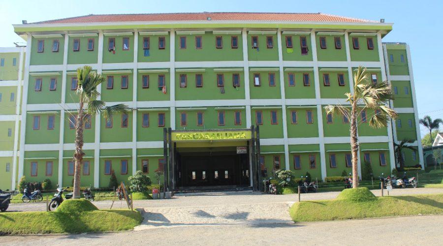 Gedung B IKHAC di sebelahnya ada gedung Pascasarjana proses 80%