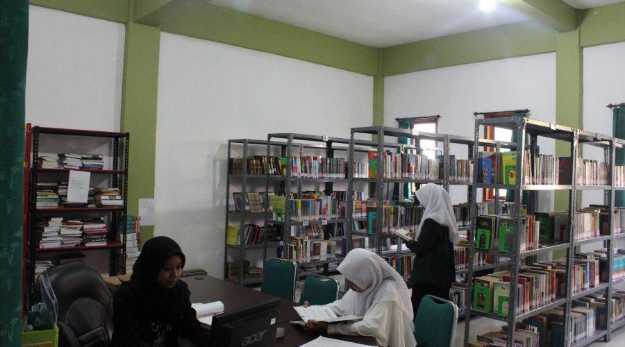 Perpustakaan S1 IKHAC